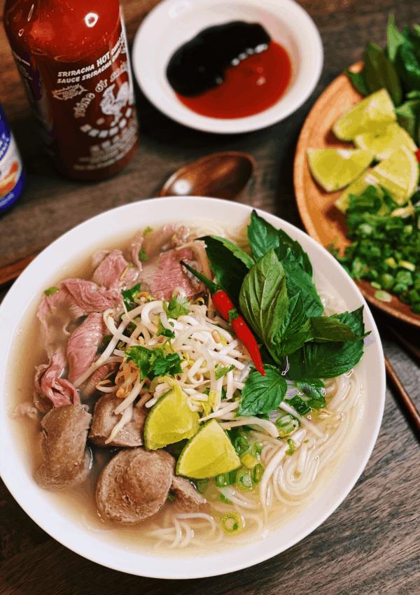 Instant Pot Pho – Vietnamese Beef Noodle Soup