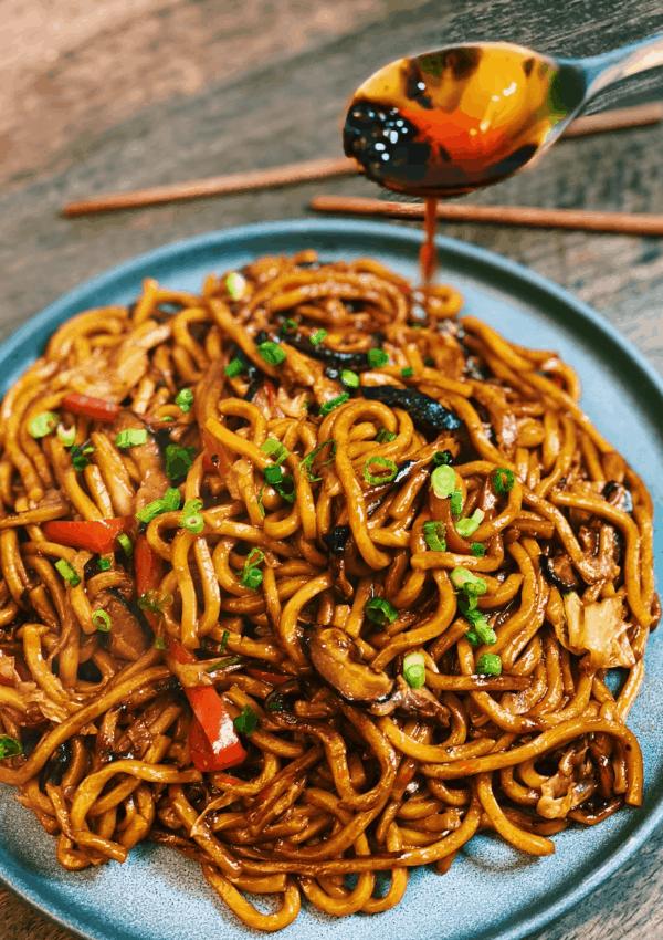 Vegetarian Shanghai Noodles