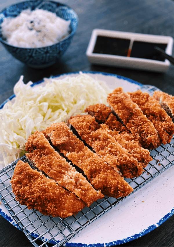 Tonkatsu – Japanese Fried Pork Chops (CRISPY)